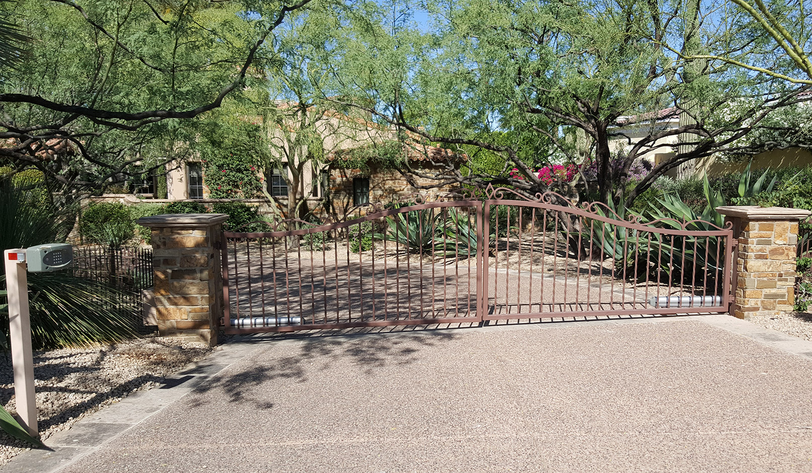 Read More About Arizona Automatic Steel Gates